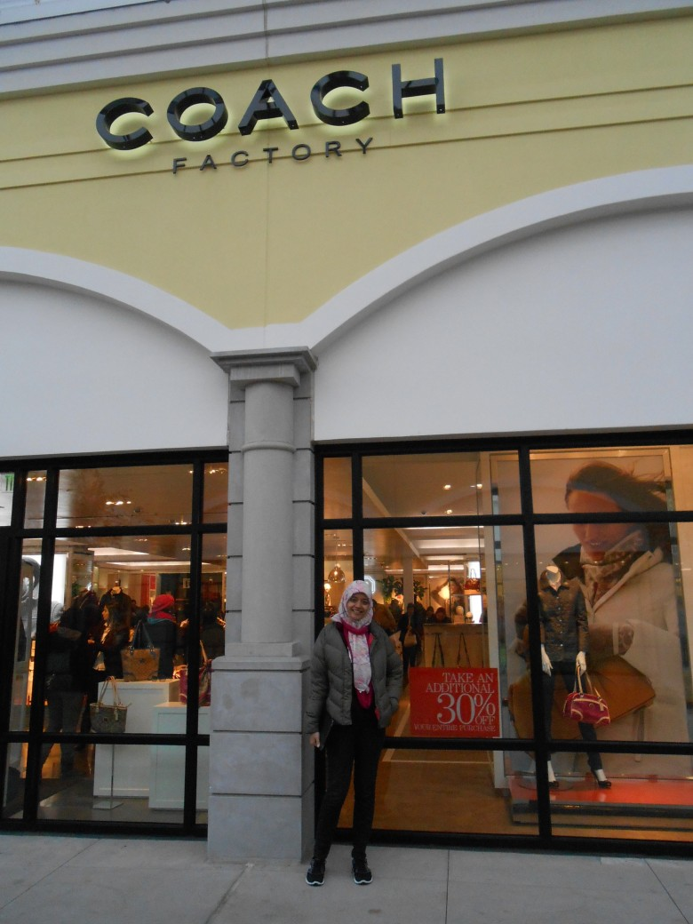 counter favorit saya: Coach Factory