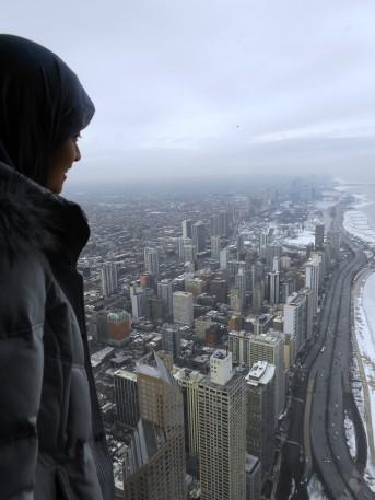 memandang kota dari lantai 94