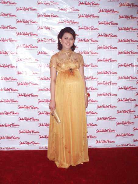 kebaya gaun