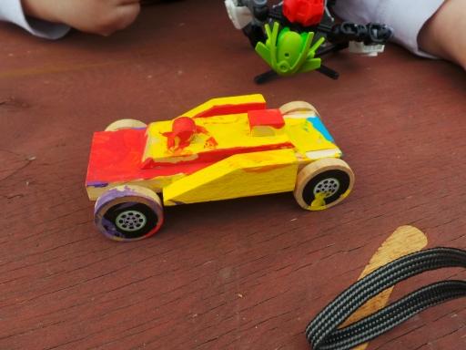 mobil yang dibuat Harry