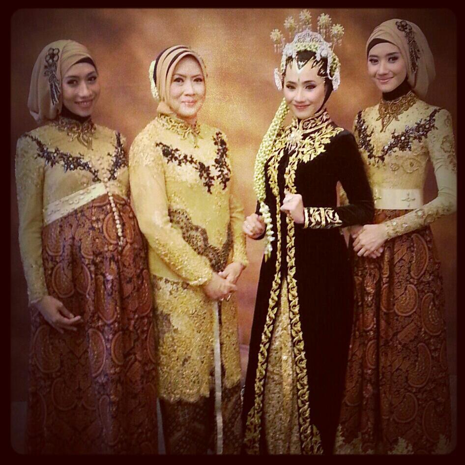 kebaya muslim kebaya gaun