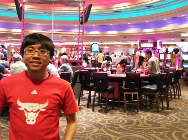 di dalam salah satu casino